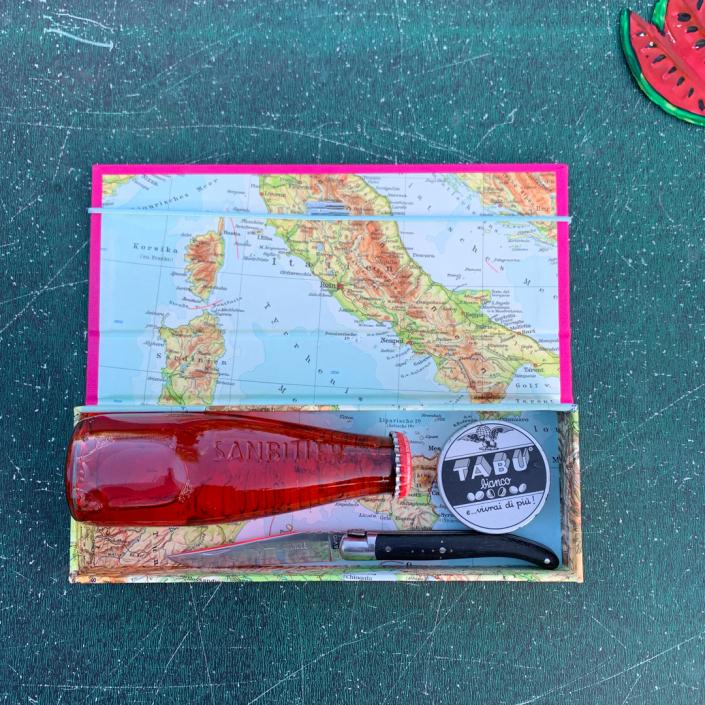 Italien Etui mit pinkem Leineneinband