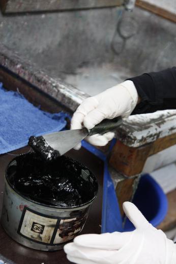 Druckerfarbe schwarz Handabzug Bleisatz
