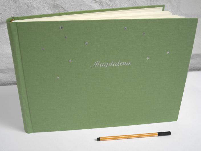 langes fotoalbum hellgrün lindgrün