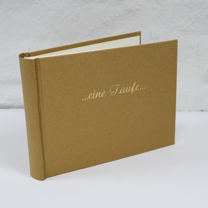 sehr große goldene Schreibschrift auf Gold (für extra große Schrift fragen Sie bitte an, wir machen Ihnen gern ein Angebot)