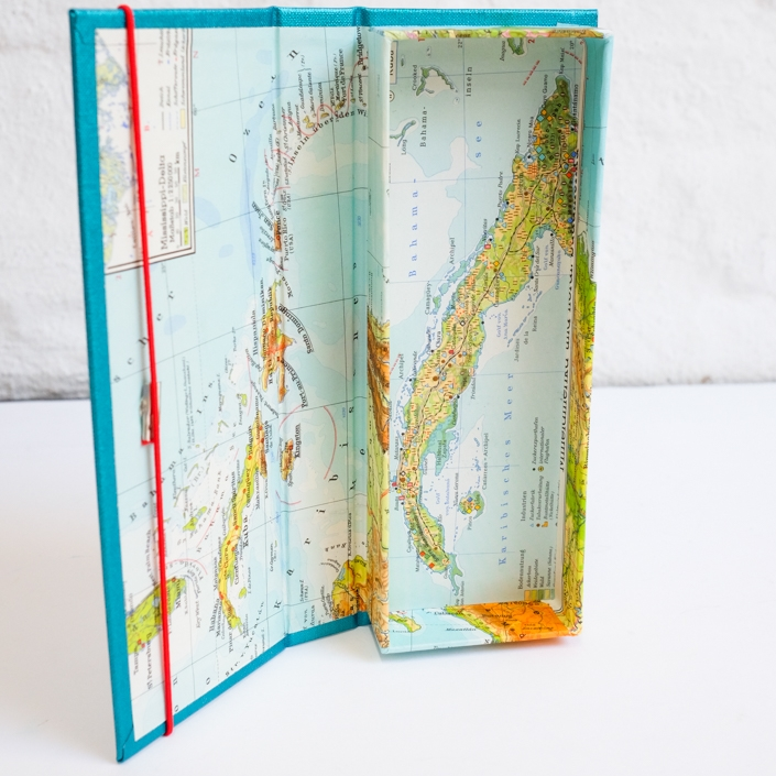 Kuba Federtasche mit bunter Landkarte