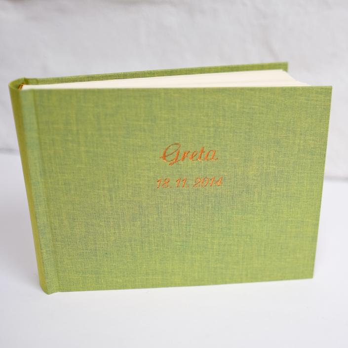 Kinderalbum in Limette mit Prägung in Kupfer (groß & klein)